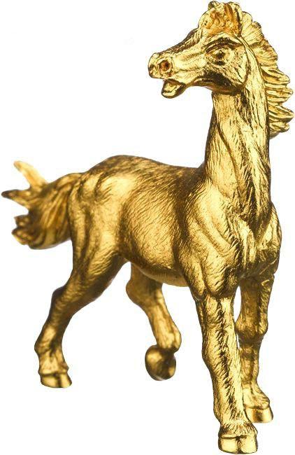 Quà Tết độc, lạ: Ngựa dát vàng, dưa hấu bản đồ Việt - Ảnh 1