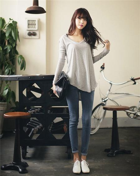 Học cách mix đồ đơn giản mà đẹp với quần jean skinny - Ảnh 11