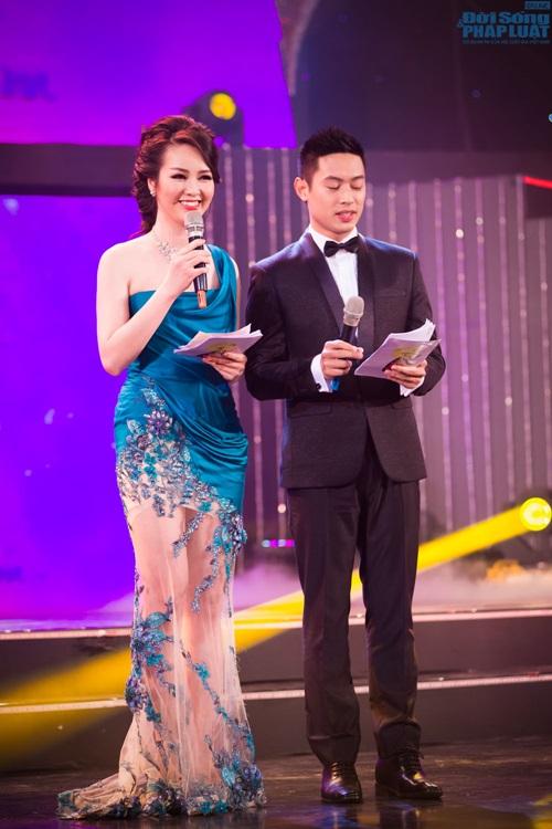 """Mai Phương Thúy giản dị làm giám khảo """"Người đẹp Kinh Bắc"""" - Ảnh 6"""