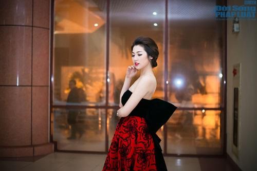 """Mai Phương Thúy giản dị làm giám khảo """"Người đẹp Kinh Bắc"""" - Ảnh 12"""