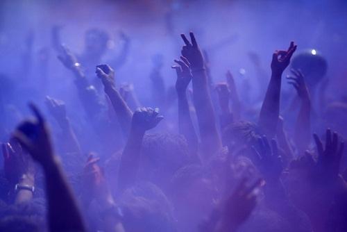 Lễ hội Holi: Cuộc chiến của những sắc màu ở Ấn Độ - Ảnh 10