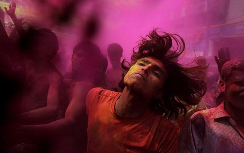 Lễ hội Holi: Cuộc chiến của những sắc màu ở Ấn Độ - Ảnh 11