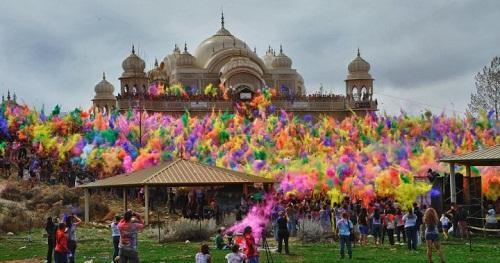 Lễ hội Holi: Cuộc chiến của những sắc màu ở Ấn Độ - Ảnh 13