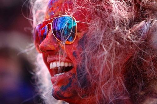 Lễ hội Holi: Cuộc chiến của những sắc màu ở Ấn Độ - Ảnh 15