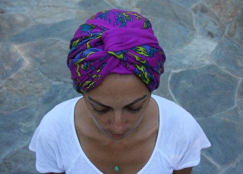 Biến tấu thành các kiểu tóc cá tính với khăn turban chào Hè - Ảnh 22
