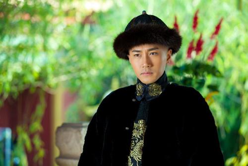 Những hoàng đế điển trai nhất trên màn ảnh Hoa ngữ - Ảnh 12