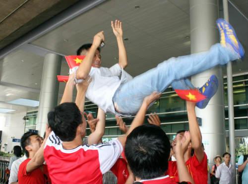 """Hé lộ bí mật về """"Đài truyền hình trực tiếp"""" của U19 Việt Nam - Ảnh 1"""