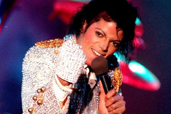 """Mẹ Michael Jackson """"ngậm ngùi"""" đi tìm nguyên nhân cái chết của con - Ảnh 1"""