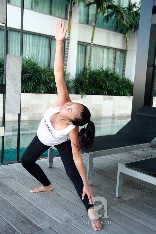 Sao Việt khoe tài uốn dẻo, gập cong người khi tập Yoga - Ảnh 9