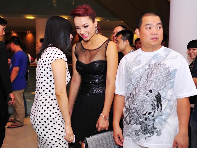 Trần Bảo Sơn cảm động vì vợ cũ gửi hoa chúc mừng phim mới - Ảnh 9