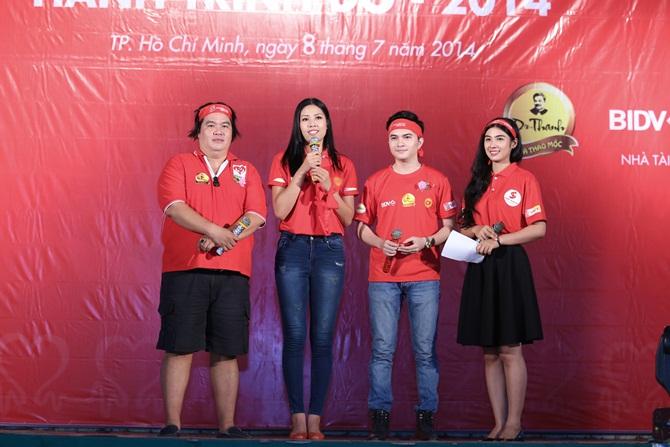 Nguyễn Thị Loan giản dị vận động giới trẻ hiến máu nhân đạo - Ảnh 6