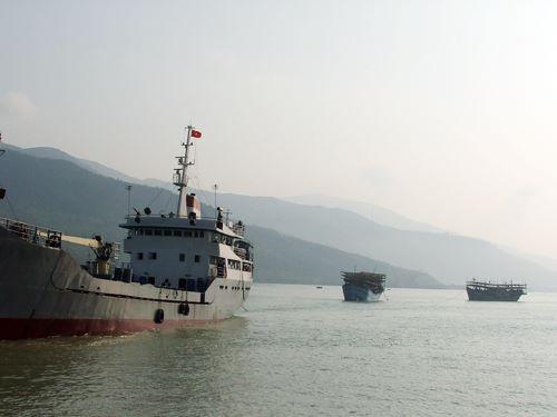 Ngư dân mất tích khi đang quăng lưới trên biển - Ảnh 1