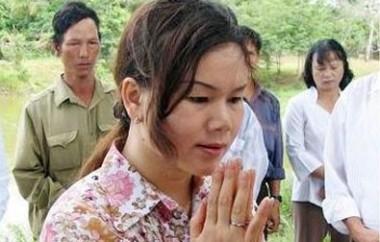 """Bà Phan Thị Bích Hằng nói về cuộc sống của """"người cõi âm"""" - Ảnh 1"""