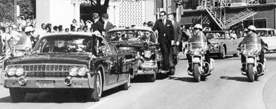 Vụ ám sát sau 50 năm: Vô tình bắn vào đầu Tổng thống Kennedy? - Ảnh 1