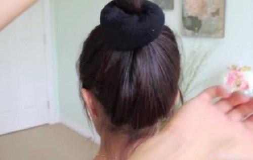 Những kiểu búi tóc mới lạ cho chị em đêm Valentine - Ảnh 6