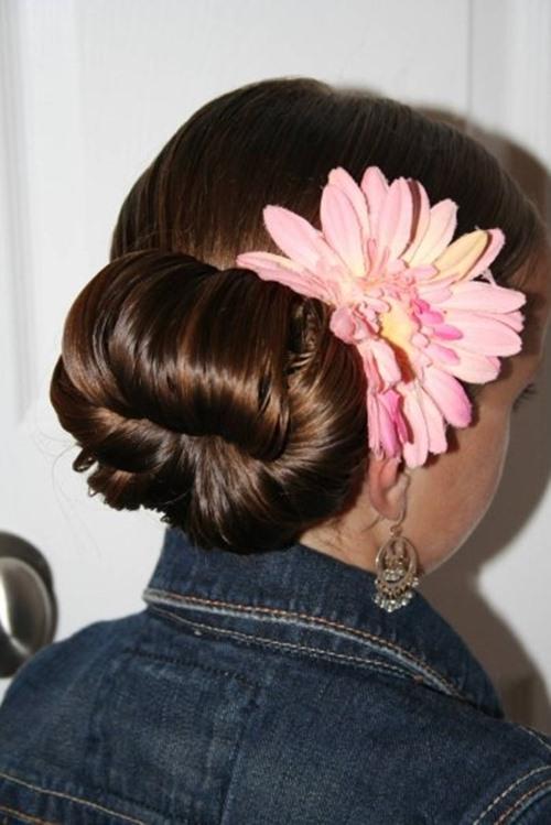 Những kiểu búi tóc mới lạ cho chị em đêm Valentine - Ảnh 3