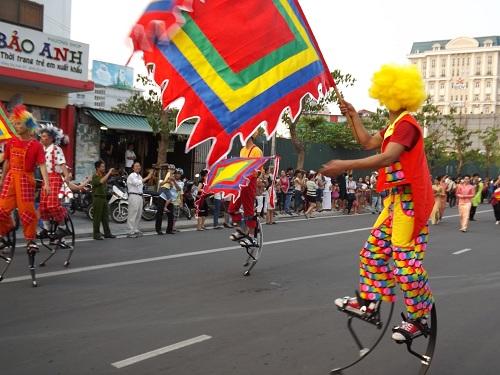 Festival Huế 2014: Văn hóa năm châu hội tụ về miền đất Cố đô - Ảnh 2