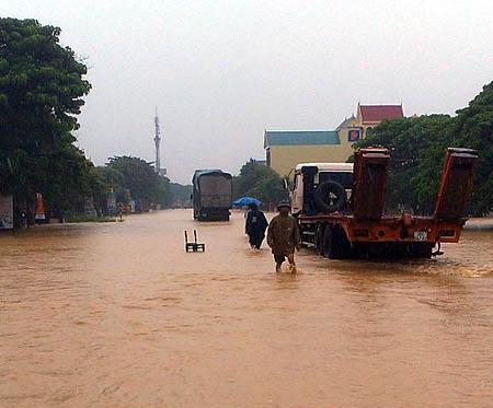 Nghệ An: Hoàn lưu bão làm 3 người chết, 2 người mất tích - Ảnh 2