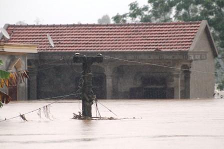 Nghệ An: Hoàn lưu bão làm 3 người chết, 2 người mất tích - Ảnh 5