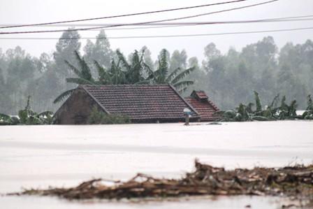 Nghệ An: Hoàn lưu bão làm 3 người chết, 2 người mất tích - Ảnh 6