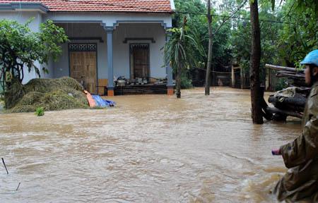 Nghệ An: Hoàn lưu bão làm 3 người chết, 2 người mất tích - Ảnh 4