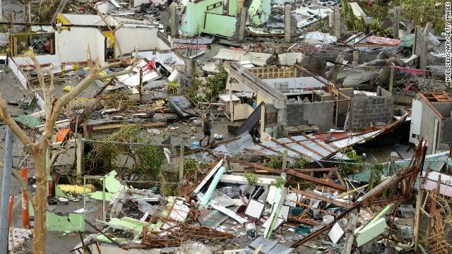 1.200 người dân Philippines có thể đã thiệt mang do bão Haiyan - Ảnh 1