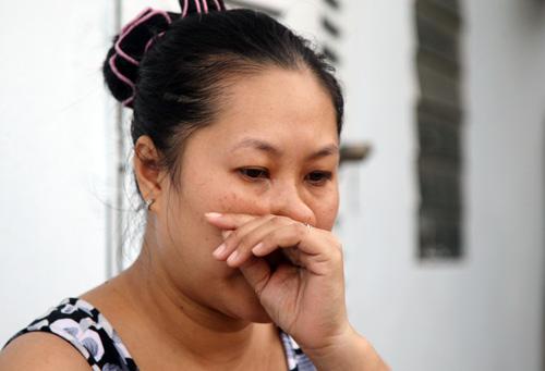 """Vụ """"bóp cổ, tát bôm bốp trẻ"""": Thứ trưởng Bộ Giáo dục rơi nước mắt - Ảnh 2"""