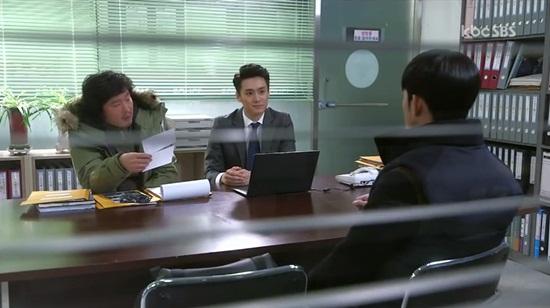 """Clip: """"Dại gái"""" như Kim Soo Hyun - Ảnh 4"""