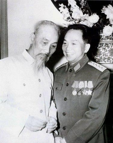 Vì sao cụ Hồ tặng Đại tướng biệt danh Văn? - Ảnh 1