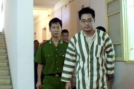 Giọt nước mắt đầu tiên của tử tù Nguyễn Đức Nghĩa - Ảnh 2