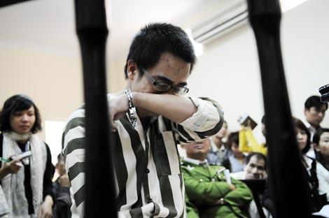 Giọt nước mắt đầu tiên của tử tù Nguyễn Đức Nghĩa - Ảnh 1