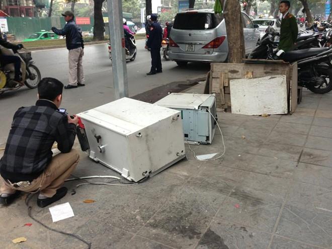 """Cây ATM bị phá, Giám đốc Công an HN """"trảm""""phó công an phường  - Ảnh 1"""