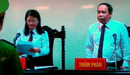 Cựu đại tá Dương Tự Trọng được giảm án 2 năm tù  - Ảnh 1