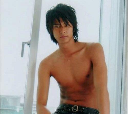 """Nam diễn viên nổi tiếng Nhật Bản bị bắt vì làm... """"tú ông"""" - Ảnh 3"""