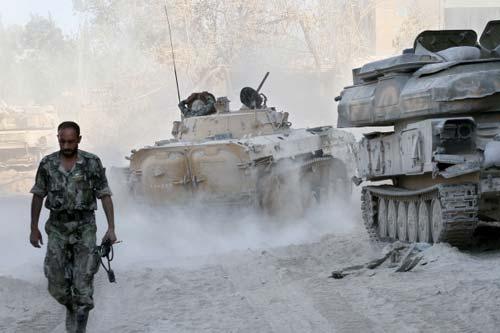 """Chiến thuật """"giấu vũ khí, tản quân"""" của Tổng thống Syria - Ảnh 1"""