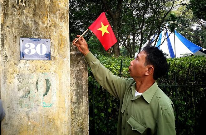 Lễ viếng Đại tướng Võ Nguyễn Giáp kéo dài hết đêm - Ảnh 15
