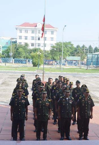 Lễ viếng Đại tướng Võ Nguyễn Giáp kéo dài hết đêm - Ảnh 12