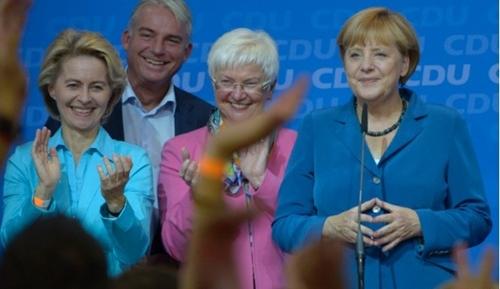 Người Đức ủng hộ chính sách kinh tế của bà Merkel - Ảnh 1