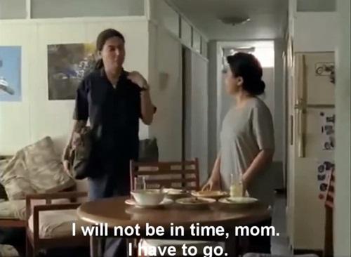 Ngày Quốc tế Hạnh phúc xem clip cảm động về tình mẹ con - Ảnh 2