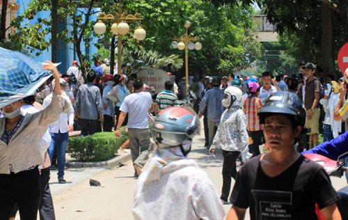 Thanh Hóa: Gần 500 công nhân bị ngộ độc nhập viện - Ảnh 3