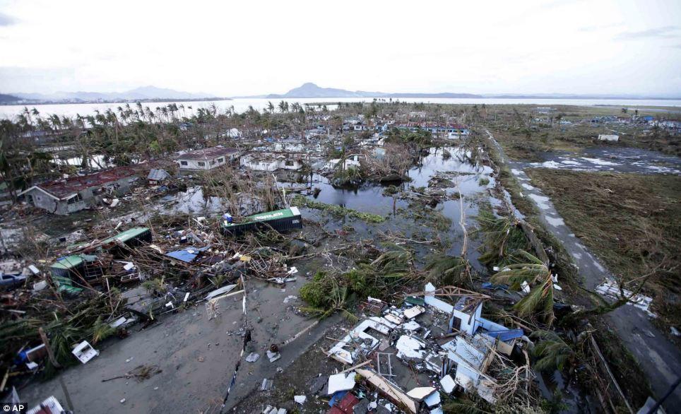 Xót xa Philippines sau siêu bão - Ảnh 1
