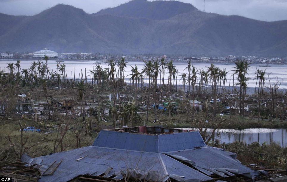 Xót xa Philippines sau siêu bão - Ảnh 2
