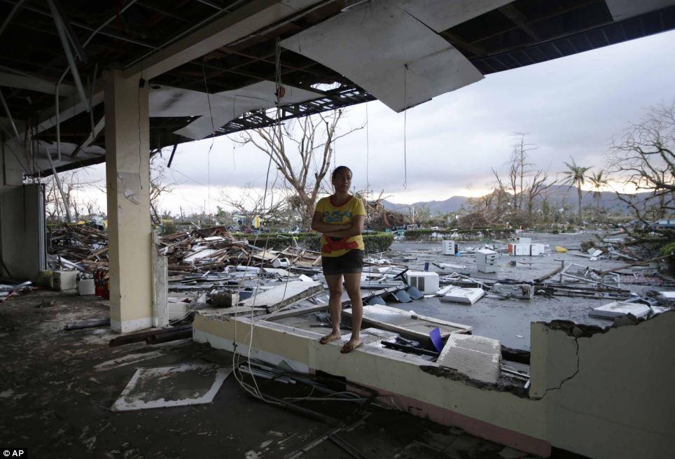Xót xa Philippines sau siêu bão - Ảnh 5