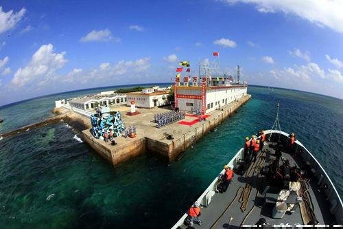 Trung Quốc biến Đá Chữ Thập thành đảo quân sự lớn nhất Trường Sa - Ảnh 2