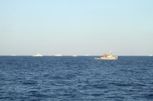 Tình hình Biển Đông: Cận cảnh tàu TQ điên cuồng tấn công tàu VN - Ảnh 9