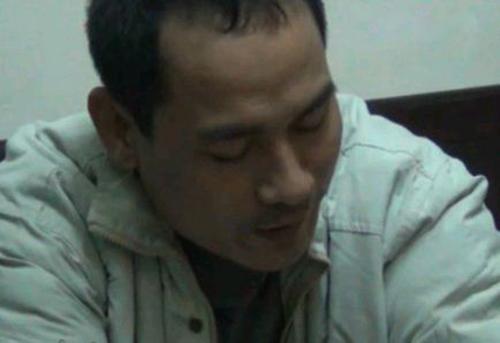 Kẻ giết người trốn nã 20 năm dưới vỏ bọc người chồng mẫu mực - Ảnh 1