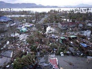 Sản phụ Philippines bất ngờ sinh con giữa siêu bão Haiyan - Ảnh 1
