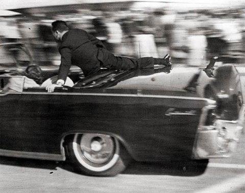 Những phút cuối trong cuộc đời tổng thống Kennedy - Ảnh 2