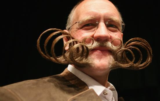Những bộ râu kỳ dị nhất thế giới - Ảnh 12