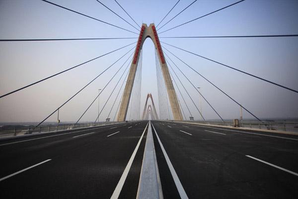 Cầu dây văng dài nhất Việt Nam trước ngày thông xe - Ảnh 5